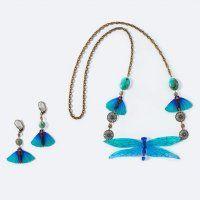 Un collier de libellules et papillons - Marie Claire Idées