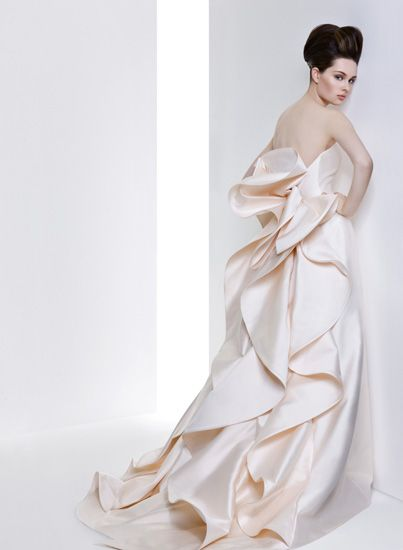 DRESS LIST 2 Dress ドレス Micie.motoazabu・ミーチェ 元麻布 Doroty Modern kimono inspired wedding dress by Japanese designer Micie