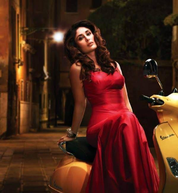 Sexiest Hot Kareena Kapoor, you will blush to see these pics