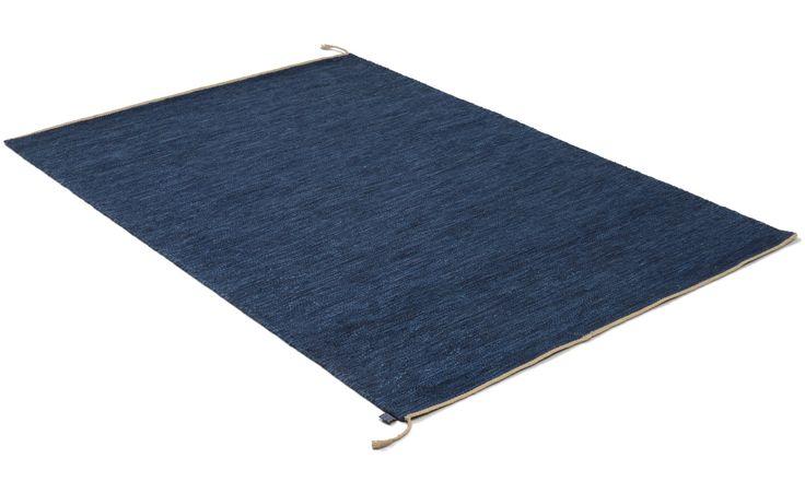 Sofiero mörkblå - handvävd ullmatta