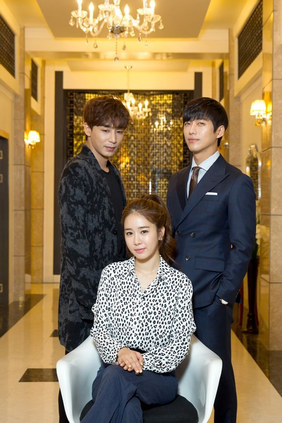 Yoo In Na Joins Jin Yi Han and Namgong Min in My Secret Hotel Mid-drama Press Conference   A Koala's Playground