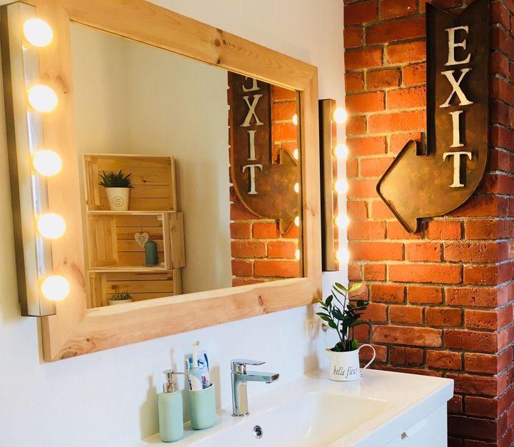 Lustro W Drewnianej Ramie Kolory Wielkosci 7884316406 Oficjalne Archiwum Allegro Bathroom Mirror Framed Bathroom Mirror Lighted Bathroom Mirror
