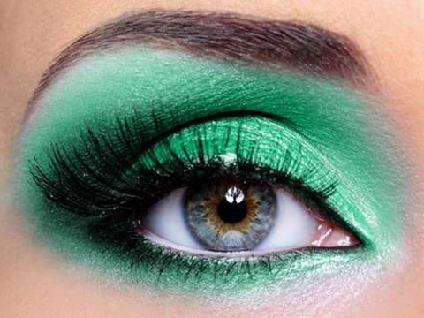 Makeup For Green Eyes, Eyeshadow How To, Tutorials, Videos | Teen.com
