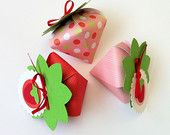 Strawberry Mini gift boxes. Pink, red & green favor boxes for birthdays, baby showers, teddy bears picnic. Includes ribbon and gift tags.