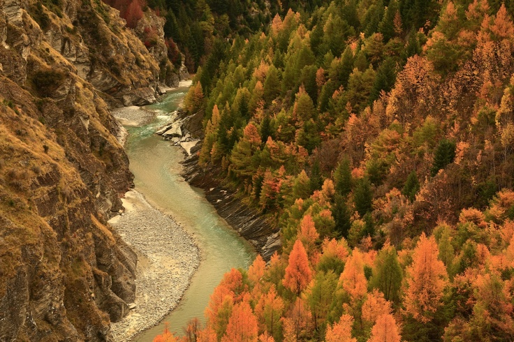 Skippers Canyon in Autumn.