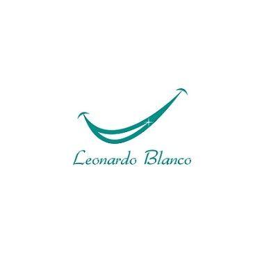 Sr. Leonardo Blanco, dentista na Cidade de Maringá / PR, Formado pela Universidade Estadual de Londrina, Especialização em Implantes e reabilitação Oral, Pós graduado em cirurgia avançada, Pós em cirurgia periodontal. CRO 21259 PR.  http://dentistamaringa.com/