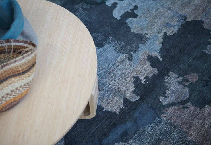 SHADOWS - Hare & Klein Designer Rugs Collection