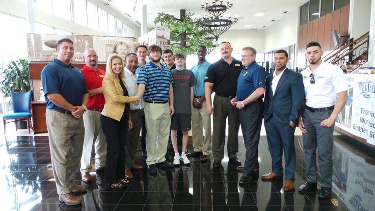 dallas car dealershipPark Cities Ford of Dallas 2015