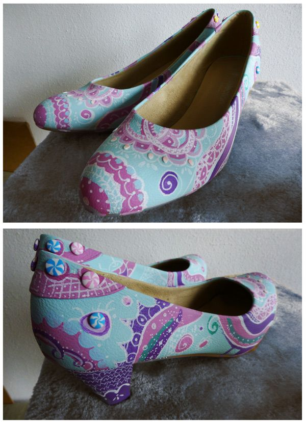 DIY   Pastel Pumps Already Light Blue Leather Pumps, Decorated With Molotow  (brand)