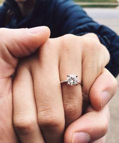 Solitare diamond engagement ring thin band www.riyaphoto.com