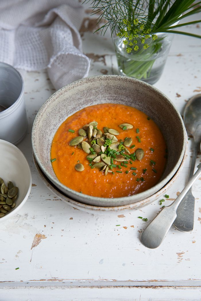[ Roasted red pepper soup ] Serves 4–6. 5–6 large to medium red peppers / 1 cup strained tomatoes / ¾ cup filtered water / ½ tsp celery salt / ¼ tsp dried chili flakes (or fresh red chili) / 4 tbsp extra virgin olive oil / 1–2 tbsp apple cider vinegar (unpasteurized) / sea salt / freshly ground black pepper, to taste. { For servering } Toasted pepitas or sunflower seeds / herbs / olive oil
