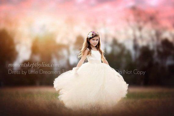 Nieuw De jurk Julia in ivoor  bloemenmeisje Tutu jurk