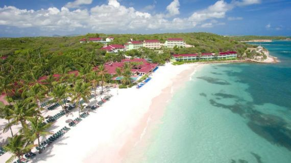 Antigua ha ben 365 meravigliose spiagge di sabbia, e offre così ai visitatori una diversa scelta per ogni giorno dell'anno. Clicca per vedere le proposte!