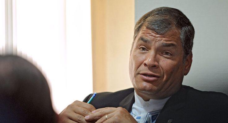 Presidente de Ecuador reta a su predecesor Correa a regresar al país y rendir cuentas