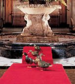 The famous Peabody Hotel in downtown Memphis, Tennessee.    The famous Peabody ducks.