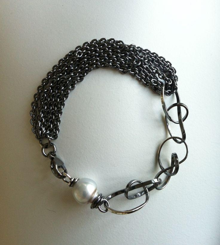 Bracelet,silver.