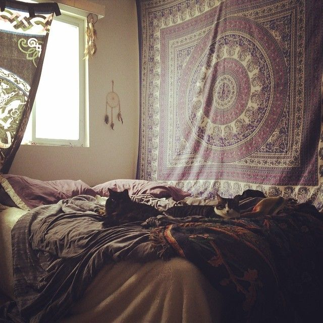 tapestry more tapestry bedroom dorm room rooms spaces decor haz cats