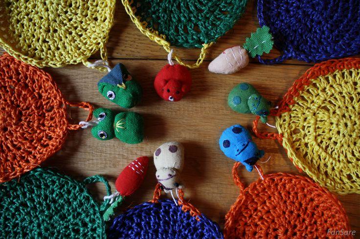 Coś dla niepitków na zachętę- kolorowe podkładki pod kubki z mikro zwierzątkami i warzywkami.
