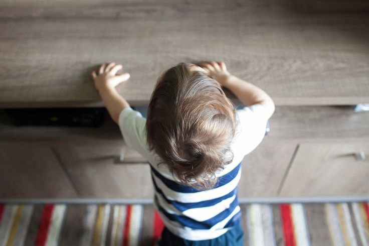 Crise dos 2 anos: como lidar com a adolescência do bebê. Acesse: http://mamaepratica.com.br/2016/03/31/crise-dos-2-anos-a-adolescencia-do-bebe/  #bebês #comoeducar #crise #2anos #terríveis #filhos #maternidade