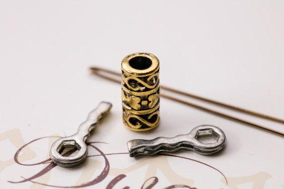 The Grund Beard Bead Kit GOLD color Viing beard bead by Dwarvendom