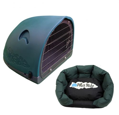 Puppy Pod Induction Package. PetzPodz helps address many of the problems that cause stress and anxiety to pets and their owners. They serve a useful purpose to prevent and rectify problems associated with destructive behavior and fear of strangers or wide open spaces. They help with house training, with visitors who are afraid of dogs and of course when traveling with your dog.