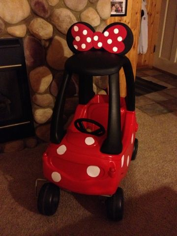 Pinterest Projects: Minnie Mouse Car Good info about how to fasten the ears!