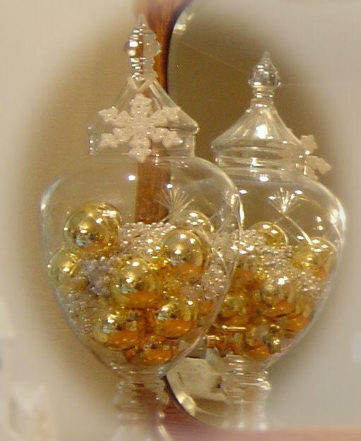 elegant christmas decorDecor Ideas, Apothecary Jars, Decor Christmas, Elegant Christmas, Christmas Apothecaries, Christmas Decor, Holiday Decor, Christmas Ideas, Apothecaries Jars