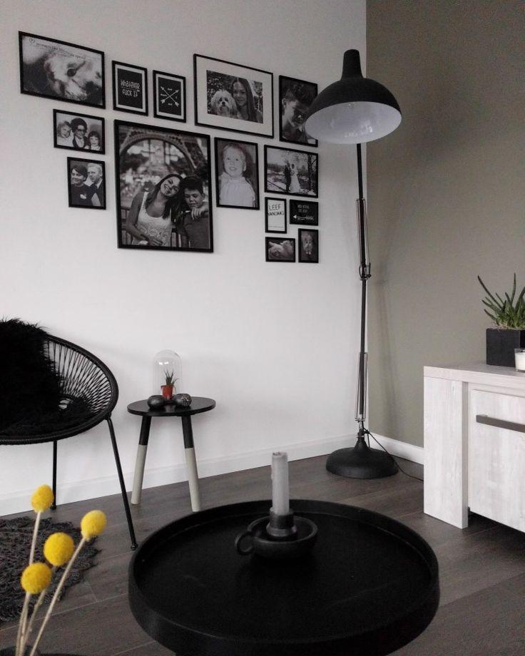 Livingroom with photowall