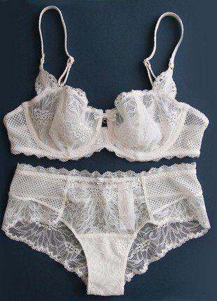 Kup mój przedmiot na #vintedpl http://www.vinted.pl/damska-odziez/komplety/16824626-biala-koronkowa-bielizna