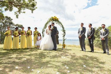 Yellow dresses for the girls and yellow ties for the men Zara & Rom | The ceremony | The bride and groom | The bridesmaids and groomsmen | Musick Point