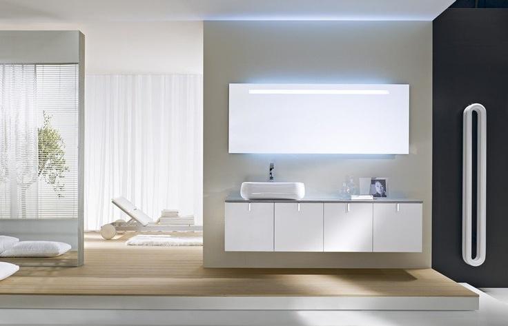 CON AQUA UN BAGNO DI DESIGN DAL CARATTERE INCONFONDIBILE  Il marchio Aqua di IDEAGROUP propone un arredo bagno moderno ed innovativo, con forme e linee di design e funzionali. L'ambiente della stanza da bagno diventa uno spazio confortevole, funzionale e carico di personalità.