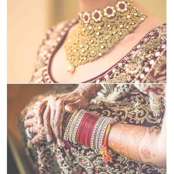 Awesome shot! Photo Credits : @thememorypainters | #bigindianwedding #indianwedding #wedding #weddingphotography #bridalshoot #bridaljewelry #jewellery #bangles #bridalmehndi