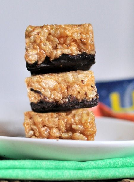 luna bar recipe -- rice crispies, vanilla, salt, nut butter, agave/brown rice syrup, chocolate chips