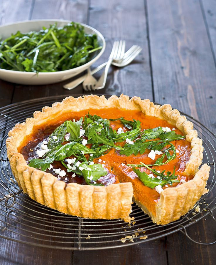 This Roasted Capsicum Tart is so festive and perfect for a summer picnic. The sour cream pastry will become your new favourite savoury pastry. #inthemixcookbook