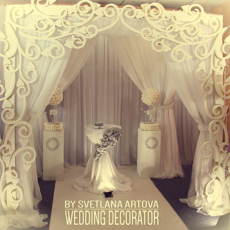 Калининграде, обучение свадебному декору. Шикарная свадьба. Драпировка, свадебная драпировка, флористика, президиум, белая свадьба, резная ширма