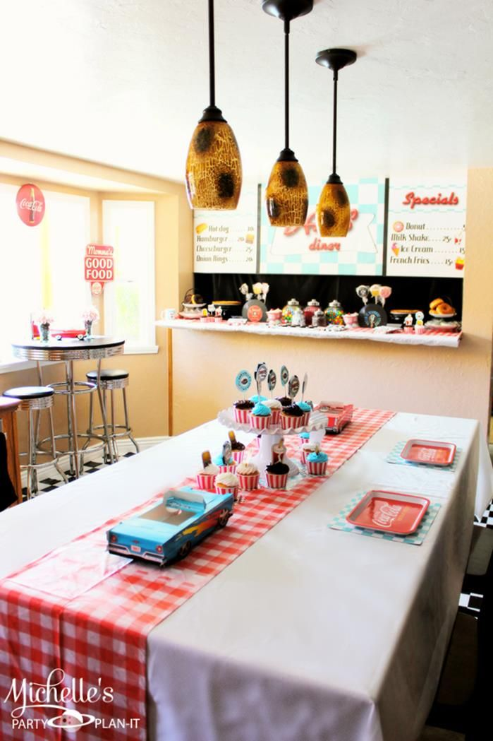 25 best ideas about diner party on pinterest grease for 1950s party decoration