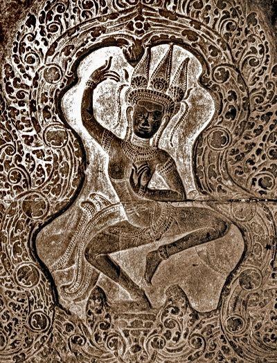 Angkor-Wat-dancing-goddess 12 Century AD