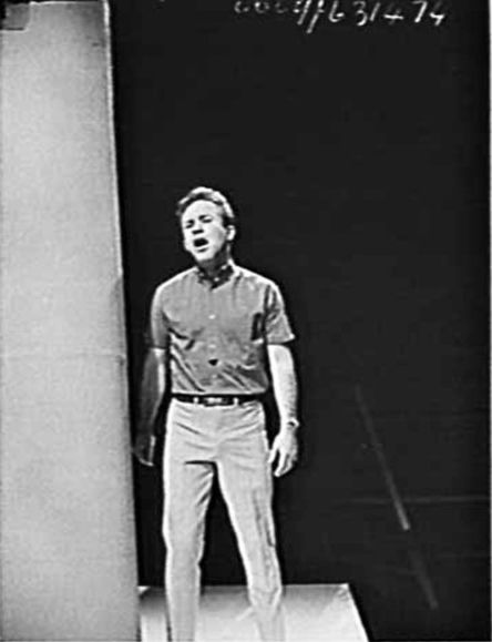 Johnny O'Keefe photographed at Channel 7 for TV Times