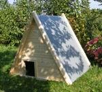 Schutzhaus TIM mit Rückwand aus Holz