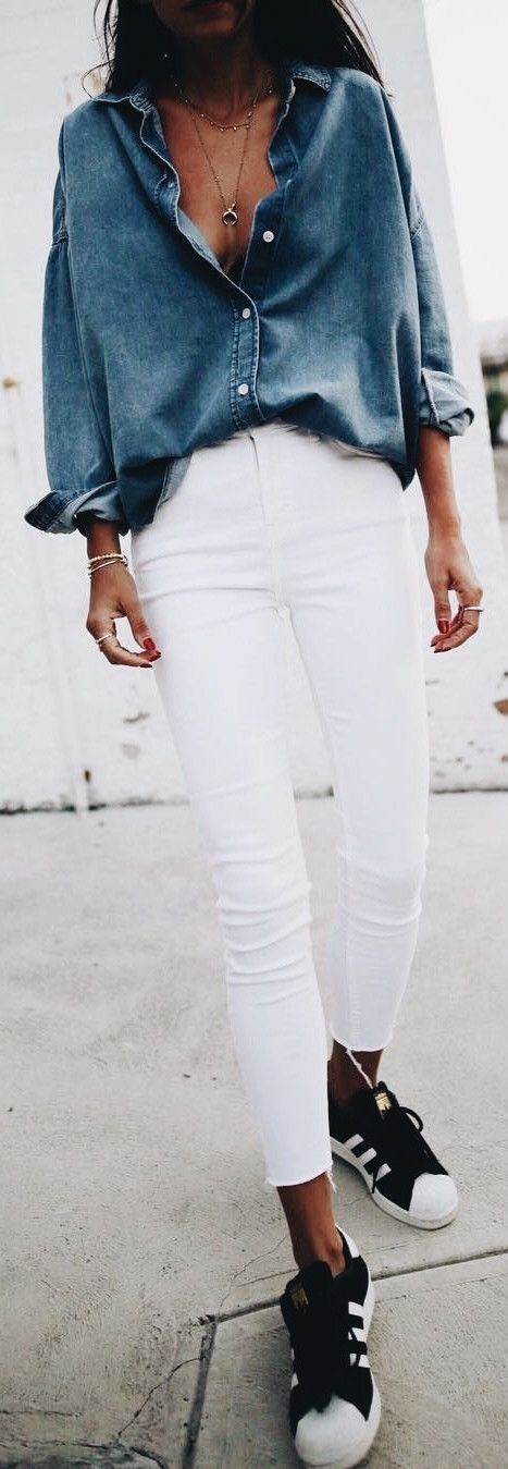 Blue chambray blouse with white jeans.