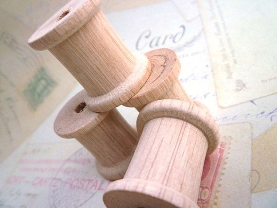 Wooden Spools, 10 Large Wooden Mini Cotton Spools - Thick