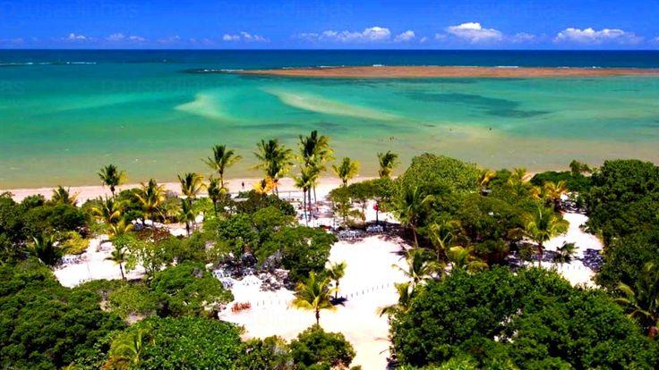 Conhecida por suas festas agitadas, suas lindas praias e belas pousadas, a cidade de Porto Seguro, situada no sul da Bahia, é frequentemente escolhida como o destino ideal para viagens de formatura e outras celebrações do tipo.