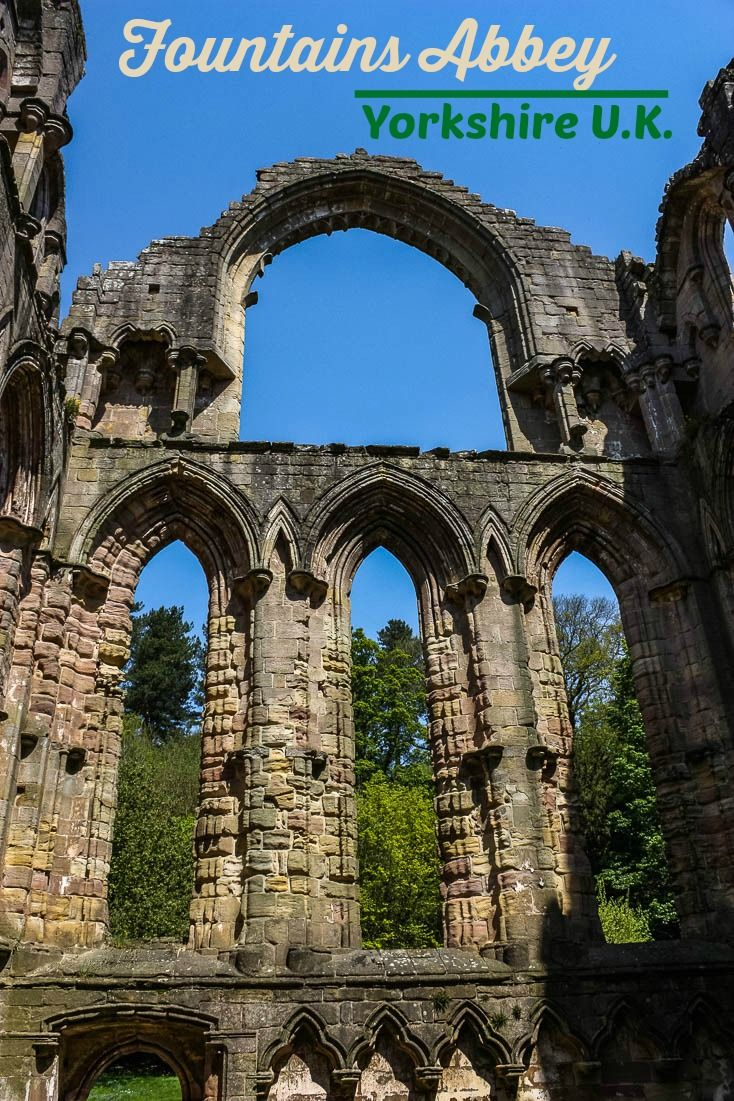 I can only imagine what Fountains Abbey looked like in her glory. Here are 17 of my favourite shots of Fountains Abbey and Studley Royal. See if you agree that her ruins portray an incredible masterpiece. via @Rhondaalbom