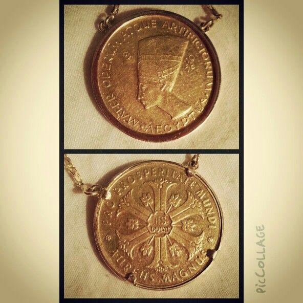 ... nefertiti gold coin