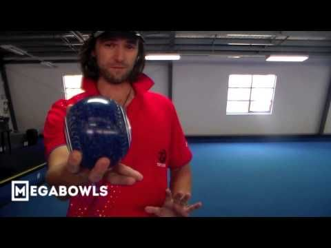 Lawn Bowls Coaching: 'How To Hold The Bowl' Nev Rodda Coaching Series - YouTube
