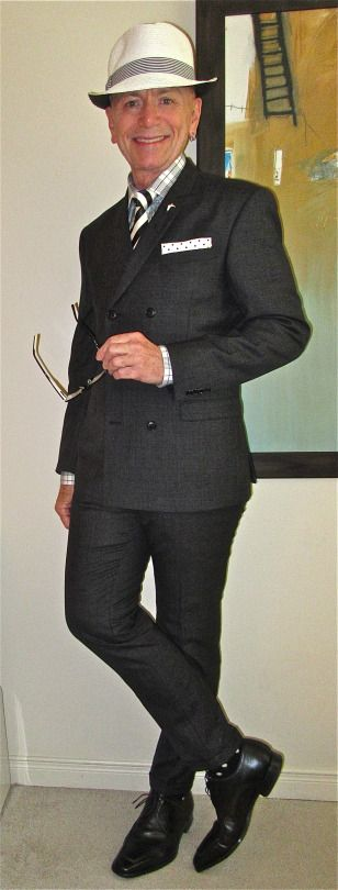 Tiger Of Sweden DB suit, Circle Of Gentlemen shirt, vintage tie, Magnanni apron toe derbies… #TigerOfSweden #CircleOfGentlemen #Magnanni #Toronto #menswear #menscouture #mensfashion #instafashion #fashion #dandy #dandystyle #hautecouture #sartorial #sprezzatura #menstyle #dapper #dapperstyle #pocketsquare #WIWT