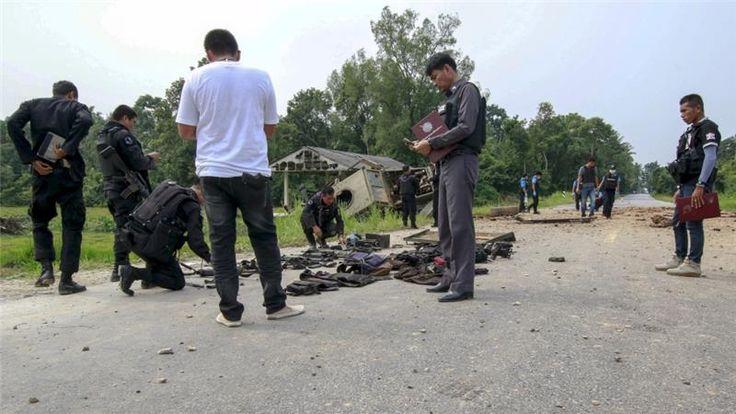 Pemberontak Thailand Serang Pos Polisi, 12 Orang Tewas https://malangtoday.net/wp-content/uploads/2017/04/ilustrasi-penyerangan.jpg MALANGTODAY.NET –Sekelompok pemberontak melancarkan ratusan tembakan ke sebuah pos polisi di wilayah Thailand Selatan, pada Senin waktu setempat. Serangan itu melukai sedikitnya 12 petugas kepolisian. Aksi itu disebut-sebut sebagai aksi serangan terbesar yang dilancarkan oleh para... https://malangtoday.net/flash/internasional/pemberontak