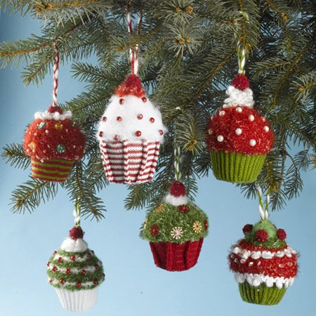 Sweet Trimmings knit Cupcake Ornaments #christmas #kitchen #ornaments #knit