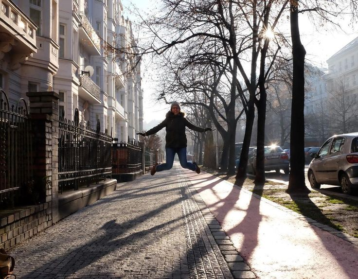Today is the first sunny day in Prague after a loooong break. So I did some jumping on a street.