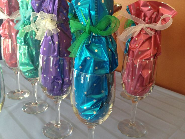 Party Favors For The Bridal Shower Miniature Wine Bottle